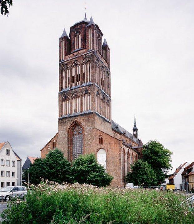 St. Jakobi in Stralsund und seine 30 Altäre | Monumente Online