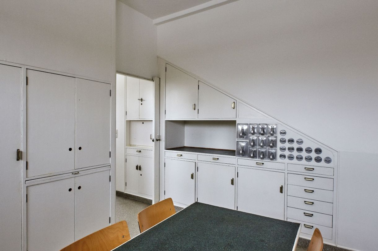 Löbau, Haus Schminke © Roland Rossner, Deutsche Stiftung Denkmalschutz,  Bonn. Küche ...